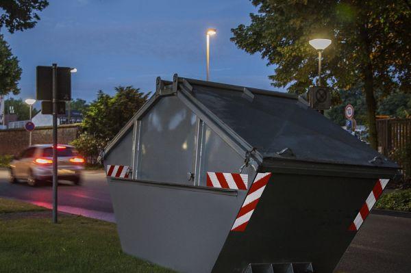 Elastyczne folie odblaskowe do oznaczania pojazdów lub kontenerów