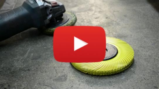 [WIDEO] Jak bezpieczna może być praca ze szlifierką i materiałem ściernym?