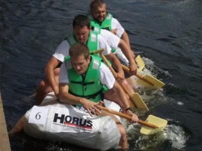 """""""Ster na Bydgoszcz"""" - wyścig łodzi butelkokwych 2012"""
