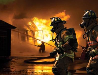 Odzież trudnopalna dla strażaków – parametry i wymagania